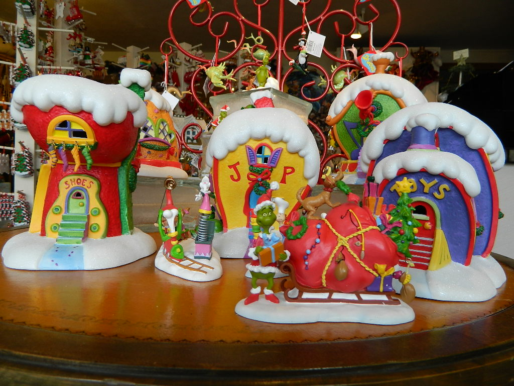 Cat in the hat ornaments - If You Are So Inclined We Also Just Received A Complete Collection Of Coordinating Seuss Ornaments We Have Just Hung Up Figures From Cat In The Hat